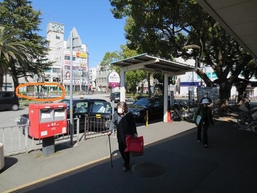 阪急武庫之荘駅北出口の写真