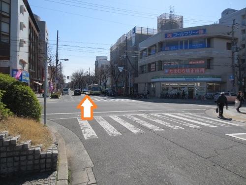 阪急武庫之荘駅南側風景の写真